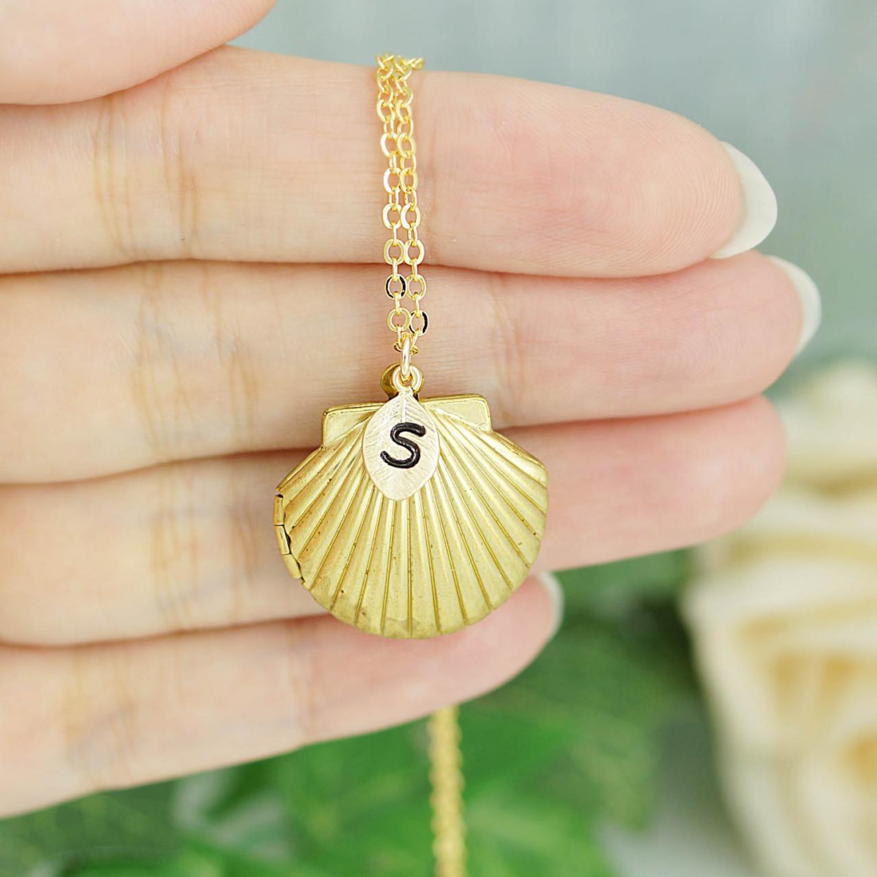 Bridesmaid Gifts Beach Wedding: Personalized Sea Shell Locket Necklace With Swarovski
