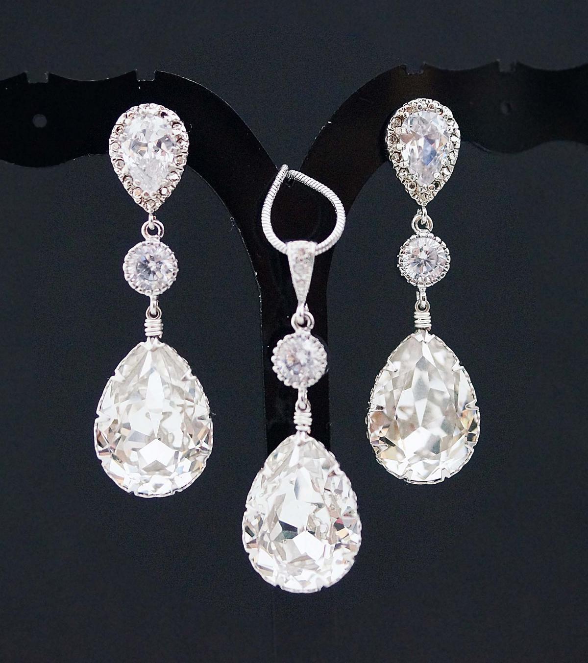 dura products white crystal pedra earrings