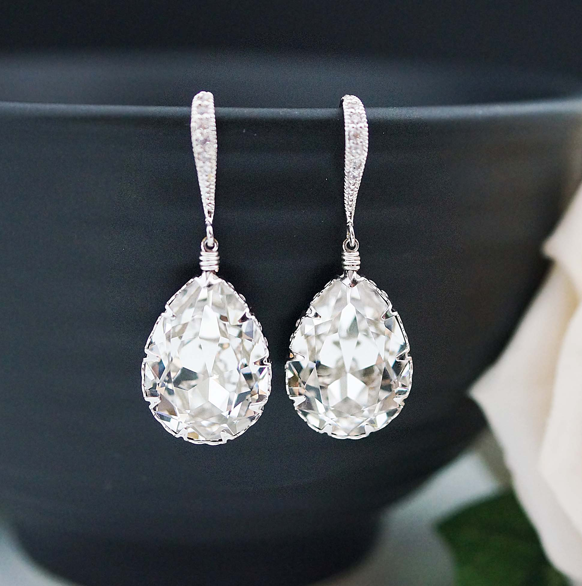 Wedding Jewelry Bridal Earrings Bridesmaid Dangle Clear White Swarovski Crystal Tear Drop